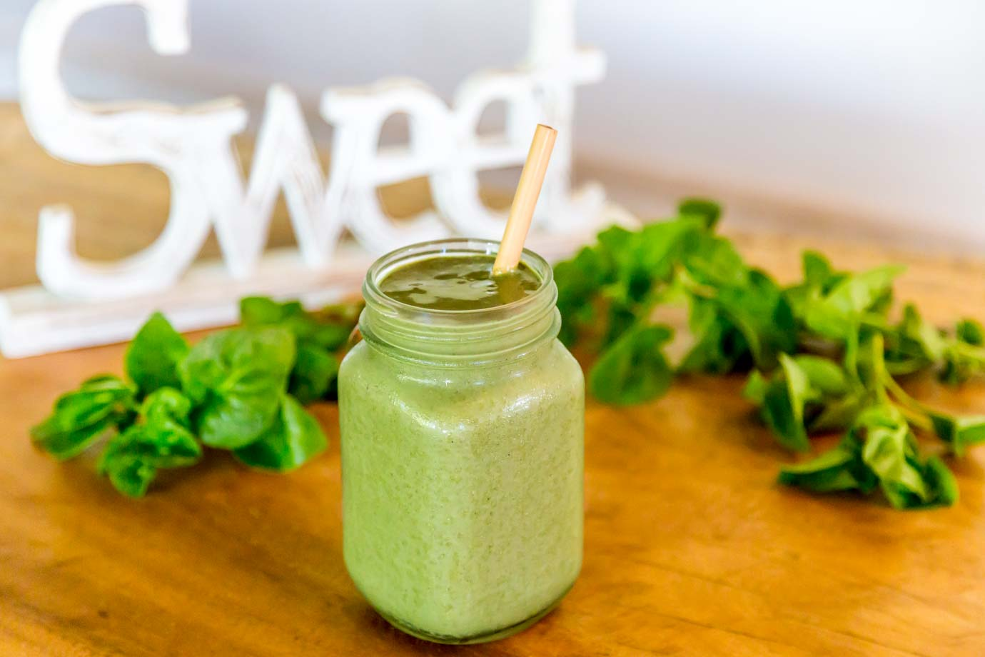 Green Chocolate Smoothie Packed With Plant Protein